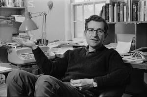 Noam Chomsky de joven