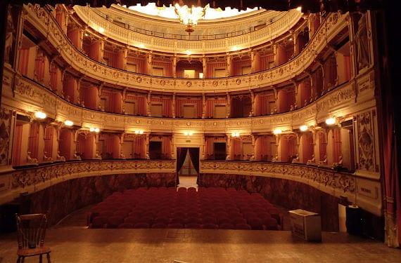 Foto de un teatro