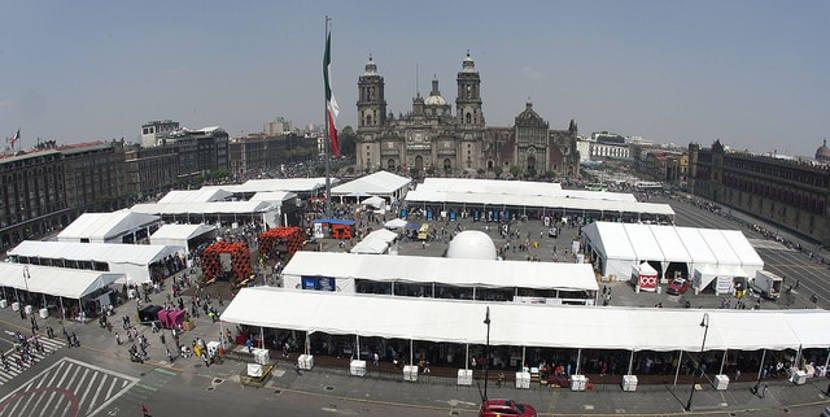 Homenaje a Octavio Paz y Julio Cortázar en la XIV Feria Internacional del Libro de Ciudad de México