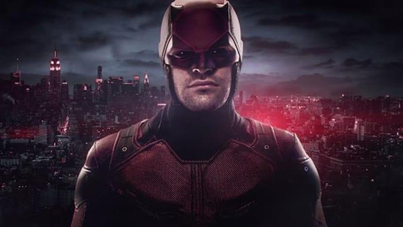 Desvelado el traje rojo de la serie de Daredevil.