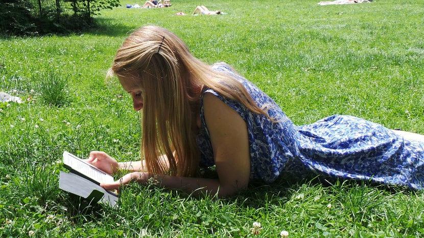 Los diez libros imprescindibles para este verano, según 24symbols