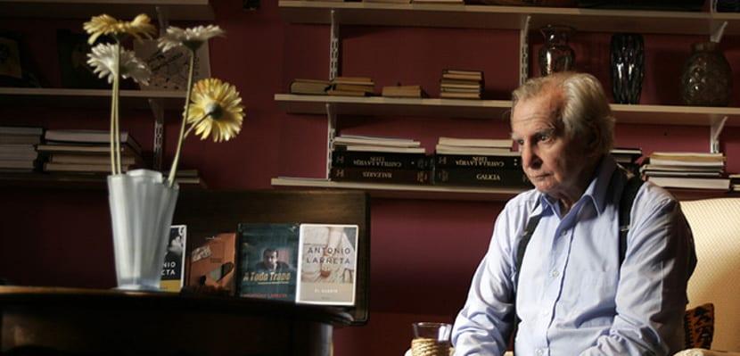 Fallece el escritor, crítico y actor uruguayo Antonio Larreta