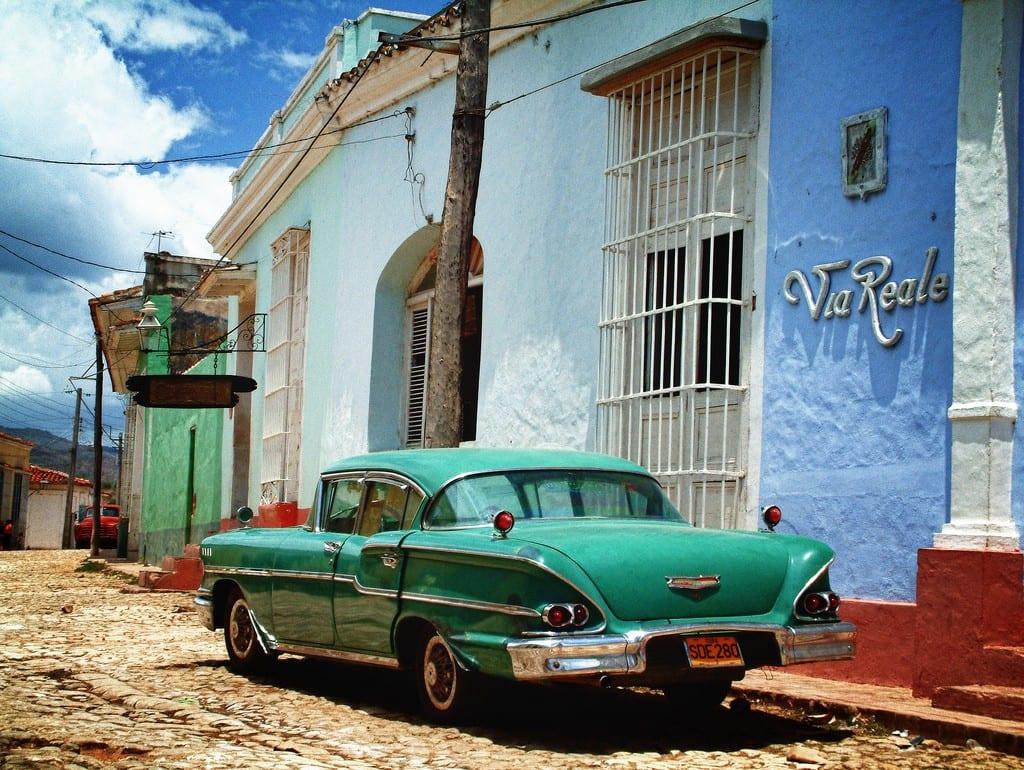 Cuba, la isla que también puede leerse.