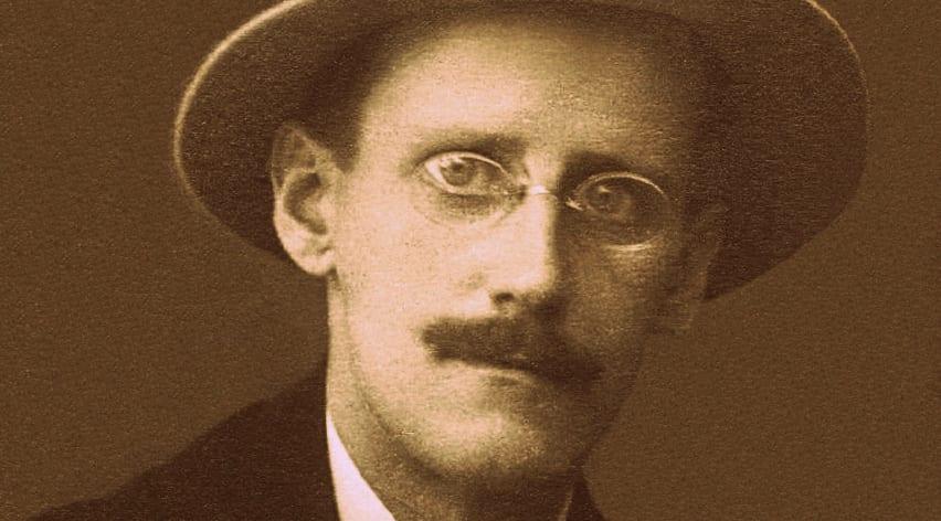 Una de la obras más notorias de James Joyce, Retrato de un artista adolescente, celebra su centenario en 2016.