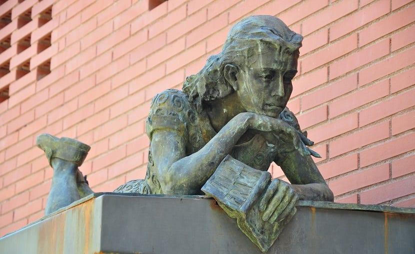 Estatua Ana Frank (Barcelona)