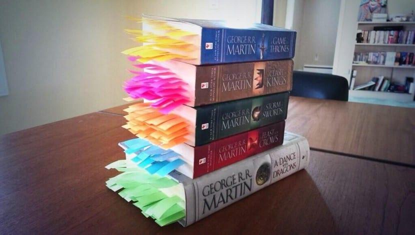 Post-it en los libros Juego de tronos