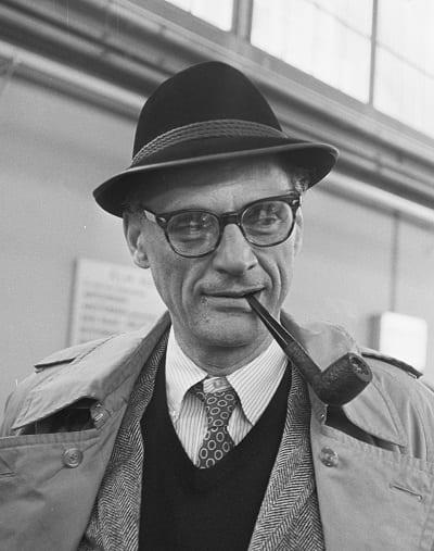 Anécdotas y datos curiosos sobre escritores - Miller