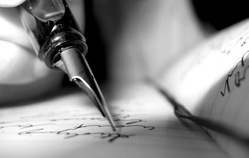 Se vive únicamente de la escritura