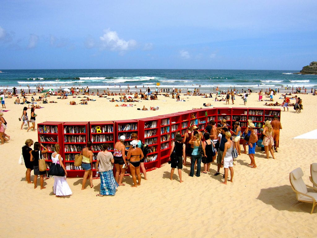 Bibliotecas en playas: Bondi Beach (Australia).
