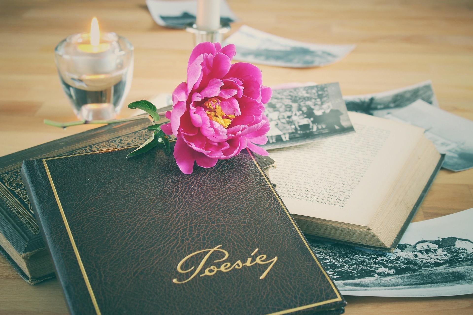 Muchos poemas famosos se escribieron por mujeres