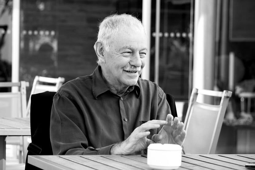 Biografía y mejores libros de Eduardo Mendoza