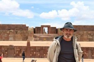 Tiahuanaco.Bolivia. Viajar y escribir es parte de la misma pasión. Una novela siempre es un viaje