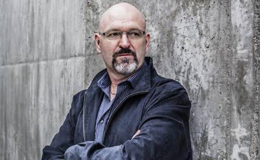 Esteban Navarro: escritor y policía.