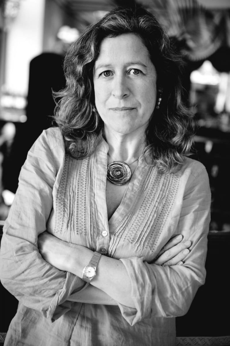 Berna González Harbour: Autora de la serie negra protagonizada por la comisaria María Ruiz.