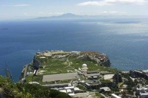 El estrecho de gibraltar, escenario de Lejos del Corazón, la nueva entrega de Vila y Chamorro.