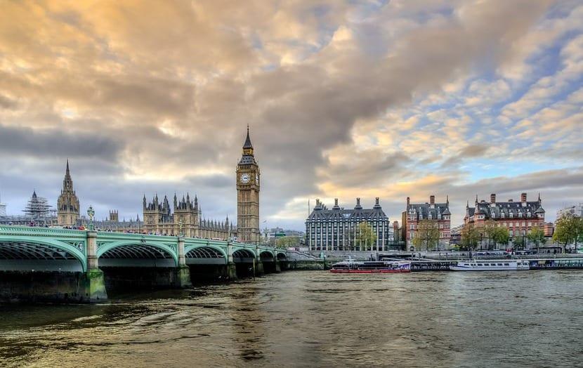 Londres, la ciudad cuya Biblioteca inspiró la creación de Drácula.