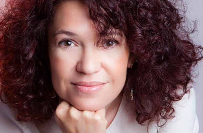 Estela Chocarro: Autora de la serie negra protagonizada por Víctor Yoldi y Rebeca Turumbay.