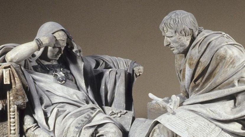 Imagen de la escultura de Nerón y Séneca.