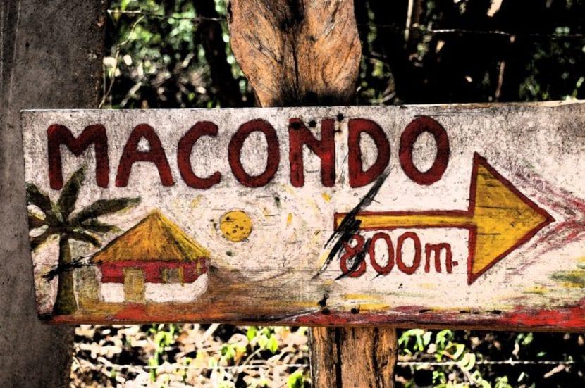 Cartel de Macondo.