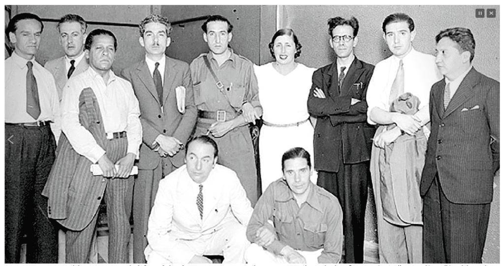 Imagen de César Vallejo, izquierda, en el II Congreso Internacional de Escritores para la Defensa de la Cultura; España, 1937.