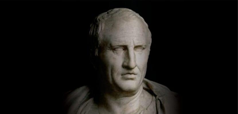 Busto de Marco Tulio Cicerón.