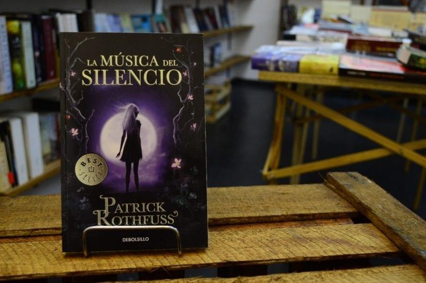 La Música del Silencio, del escritor Patrick Rothfuss.