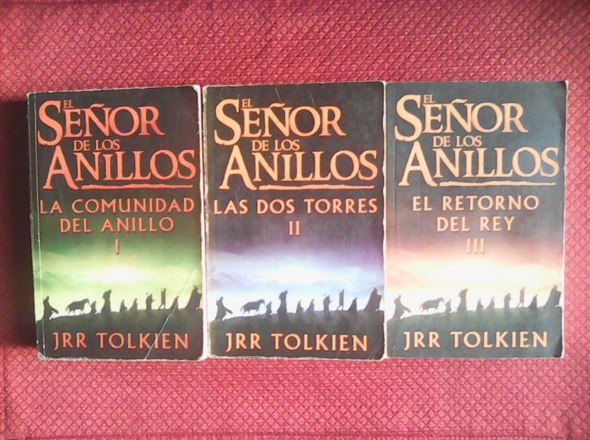 La trilogía de libros de El Señor de los Anillos.