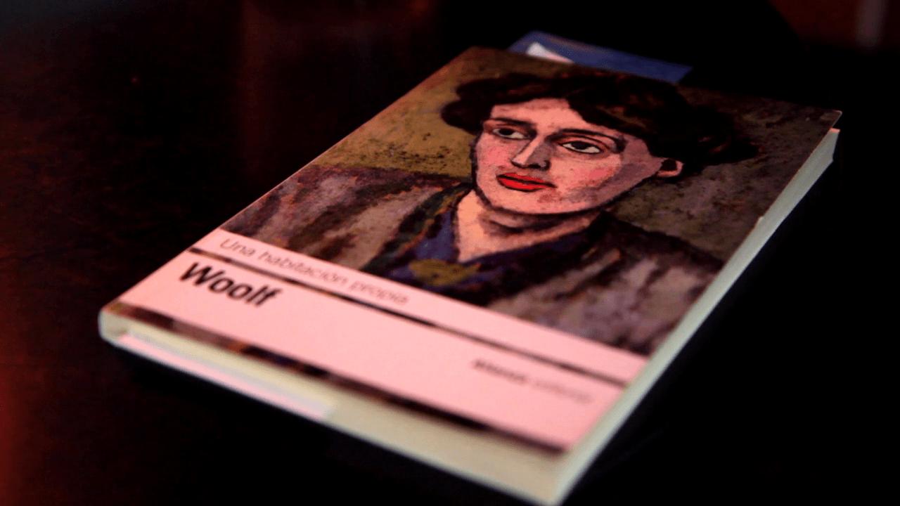 """""""Una habitacion propia"""", libro de Virginia Woolf."""