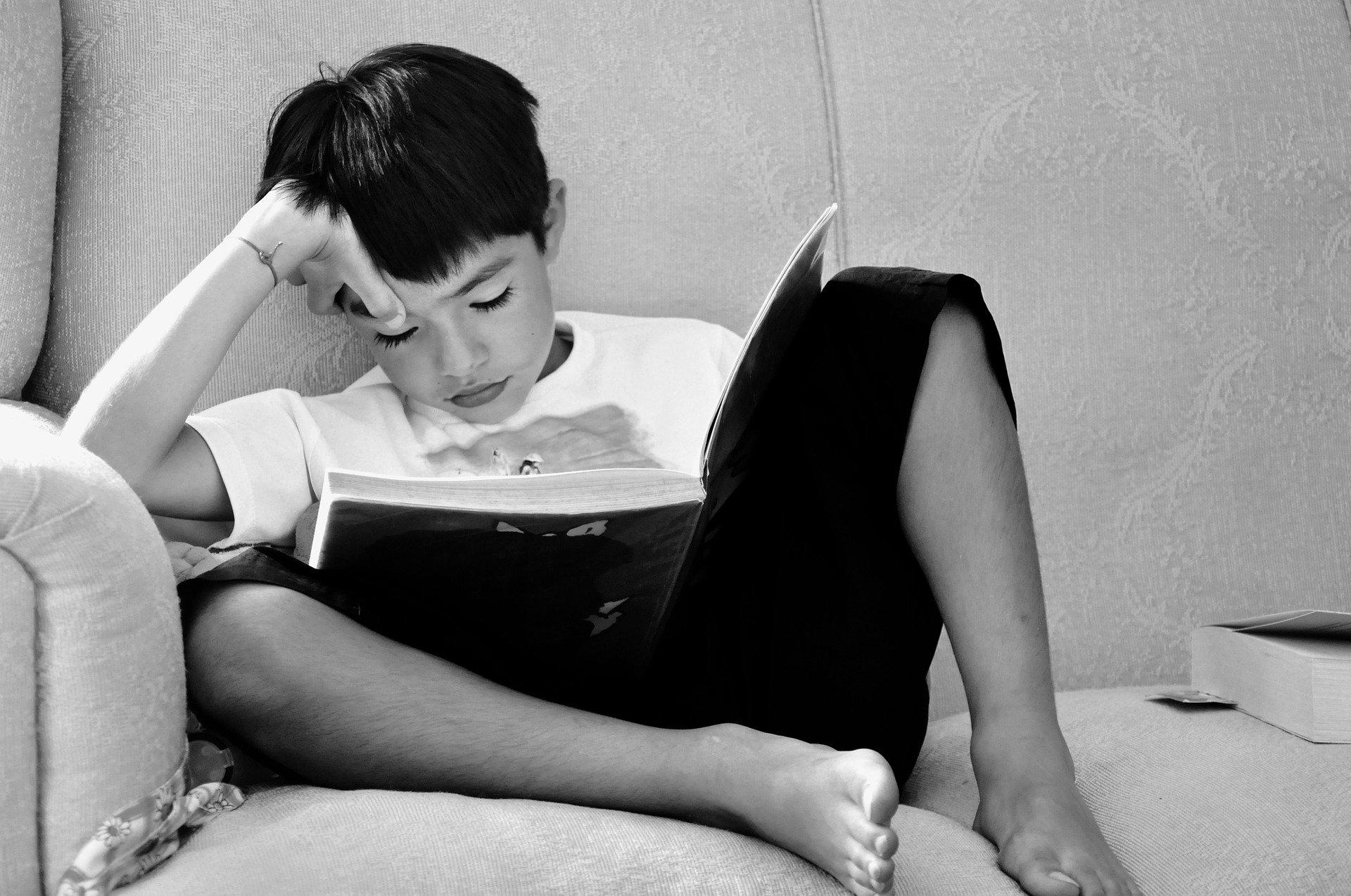 leer un libro mejora la concentración